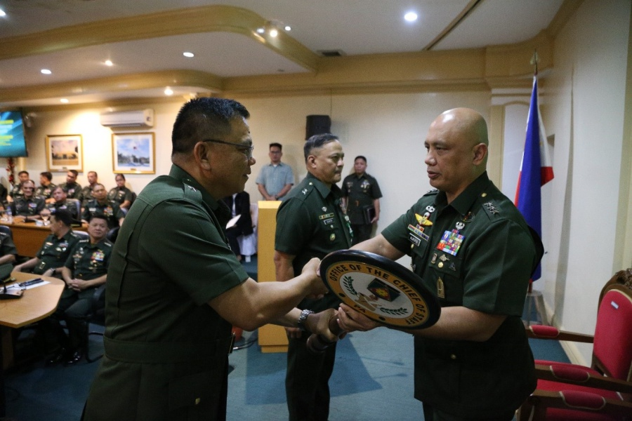 Army installs new Chief of Staff