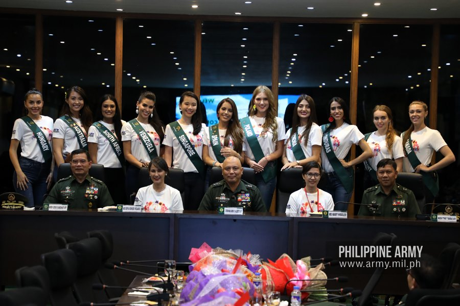 Miss Earth candidates visit Philippine Army 2